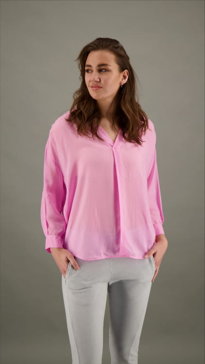 RELAXED BLOUSE